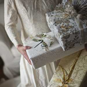 Wedding colours can vary from white, gold, silver or a combination